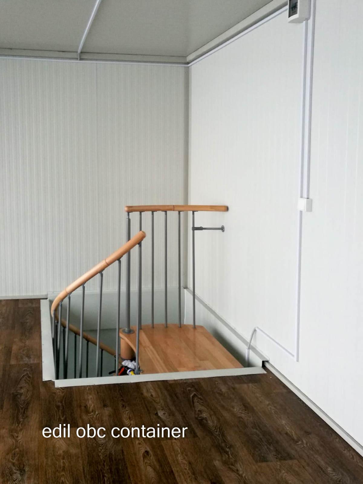 container etaj scara interioara spirala